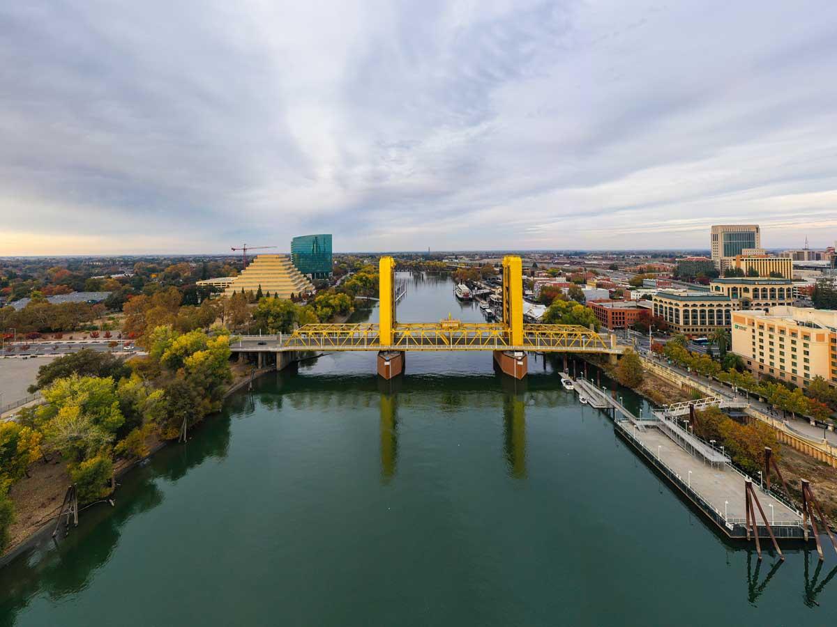 birds eye view of the Sacramento bridge and river