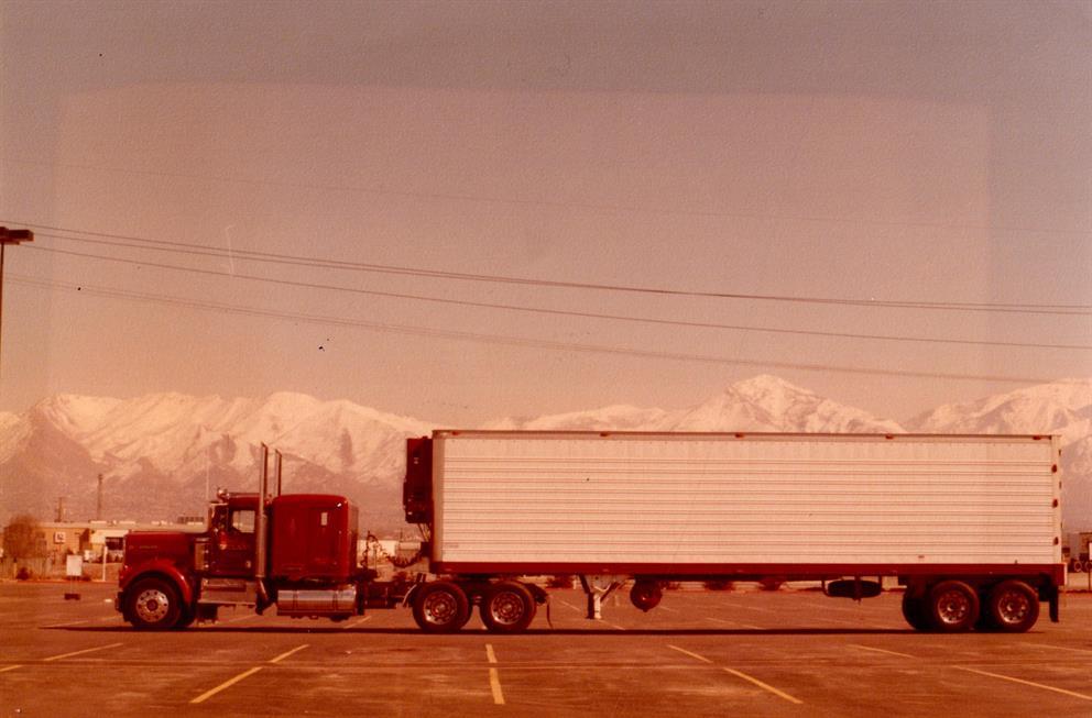 Pride of England semi truck
